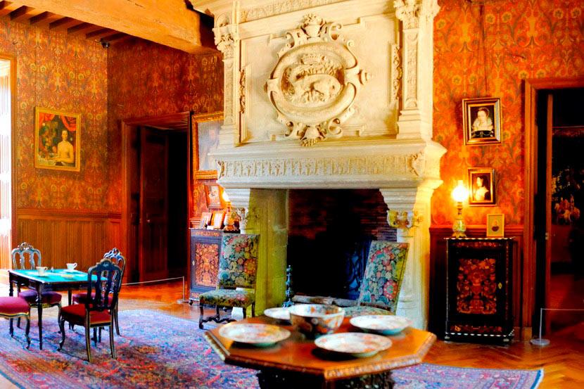 Замок Азе-лё-Ридо во Франции